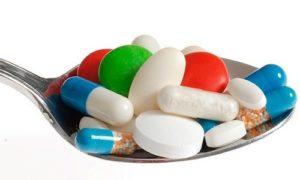 таблетки на ложке